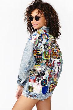 Levi's Denim Jacket Patched Up - Jeans Jacket - Ideas of Jeans Jacket - Levi's Denim Jacket Patched Up Denim Jacket Patches, Levi Denim Jacket, Denim Jackets, Jean Jackets, Patched Denim, Patch Jean Jacket, Diy Fashion, Ideias Fashion, Street Fashion