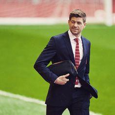 And he arrives at Anfield... #LFC @stevengerrard