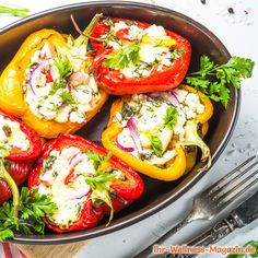 Lobster and Italian Sausage stuffed Peppers Slow Cooker Meal Prep, Slow Cooker Tacos, Healthy Slow Cooker, Sausage And Peppers, Spicy Sausage, Classic Stuffed Peppers Recipe, Gourmet Recipes, Healthy Recipes, Seafood Recipes