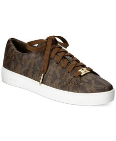 Sneakers Fashion Outfits Michael Kors Ideas For 2019 Mk Sneakers, Summer Sneakers, Sneakers Fashion Outfits, Brown Sneakers, Best Sneakers, Fashion Shoes, Casual Outfits, Tenis Michael Kors, Zapatos Michael Kors