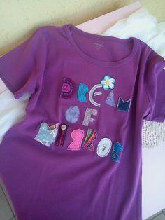 Tričko s textilnými aplikáciami