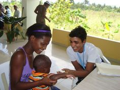 UN Volunteer Eykis García (right) during her assignment at a Batey in San Francisco de Macorís, Dominican Republic. (Photo: UNV/2012) Check out her volunteer voice about her experiences in the Dominican Republic as a volunteer: http://www.unv.org/en/perspectives/doc/the-batey-experience.html