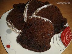 Vláčna granková bábovka (hrnčeková) 3 ks vajce 1 hrnček cukor kryštálový 1 bal. cukor vanilkový 1 hrnček Granko 1/2 hrnčeka olej 1 hrnček (alebo kyslá smotana) mlieko kyslé 1 hrnček múka hladká 1/2 ČL sóda bikarbóna  na posypanie cukor práškový Sponge Cake, Sweet Cakes, Deserts, Food And Drink, Sweets, Good Stocking Stuffers, Biscuit Cake, Sweetie Cake, Desserts