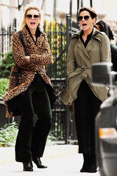 Cate and Sandra Ocean's 8 Cast, Ocean's Movies, Ocean's Eight, Oceans 8, Cate Blanchett, Friends Tv, Film Serie, Sandra Bullock, Celebs
