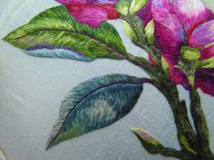 détails d'une peinture à l'aiguille - les magnolias