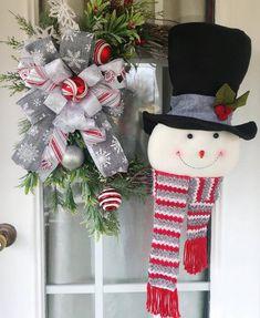 Christmas Wreaths For Front Door, Summer Door Wreaths, Christmas Mantels, Christmas Ribbon, Holiday Wreaths, Winter Wreaths, Christmas Gifts, Halloween Wreaths, Winter Christmas