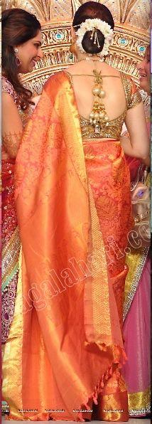 TAmanna beautiful silk saree and jasmine flowers