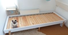 The finished product, without mattress(es)  Closed (single bed) -withoutmattress(es) Halfway open Fully open...
