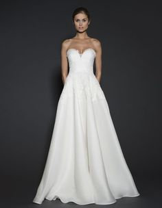 Naeem Khan wedding dresses from the 2016 spring collection have everything it takes to be some of the most glamorously elegant wedding gowns. Naeem Khan Wedding Dresses, Naeem Khan Bridal, Elegant Wedding Gowns, 2016 Wedding Dresses, Stunning Wedding Dresses, Designer Wedding Dresses, Bridal Gowns, Dresses 2016, Mod Wedding