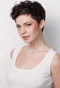 23.Pixie Cuts for Curly Hairs
