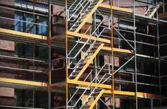 Why it is Smarter Move To Hire Scaffold System Than Buying One?
