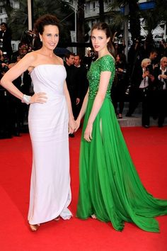 Andie MacDowell and Margaret  Qualley - The Most Stylish Celebrity Mothers and Daughters - Photos