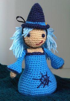 Amigurumi witch :D Thanksgiving Crochet, Holiday Crochet, Crochet Gifts, Free Crochet, Halloween Crochet Patterns, Crochet Patterns Amigurumi, Amigurumi Doll, Crochet Dolls, Crochet Fairy