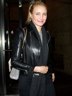 Star Tracks: Monday, January 13, 2014   WALK THIS WAY   Cameron Diaz brightens up her all-black ensemble with a pink pucker while stopping by SiriusXM Radio in New York City on Friday to promote her new tome, The Body Book.