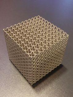 3D printed cube by Fraunhofer ILT at AKL14