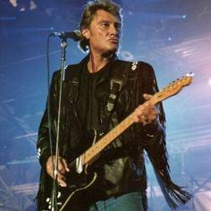 Générations rock'n'roll  •  Date du concert : le 23 juin 1989 au Palais des Sports de Paris. Blouson en cuir à franges et jean