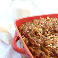 pindakip uit de slowcooker Crockpot Recepies, Crockpot Meat, Crock Pot Slow Cooker, Slow Cooker Recipes, Slow Cooking, Multicooker, Love Food, Easy, Chicken Recipes