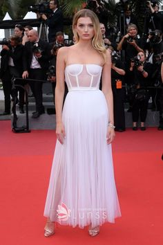 Lily Donaldson was in a lovely Spaghetti straps Ankle-length White Tulle Dress featuring corset design and dotted detailing at 2017 Cannes Film Festival. White Tulle Dress, Tulle Prom Dress, Strapless Dress Formal, Special Dresses, Special Occasion Dresses, Nice Dresses, Lily Donaldson, Celebrity Red Carpet, Celebrity Dresses