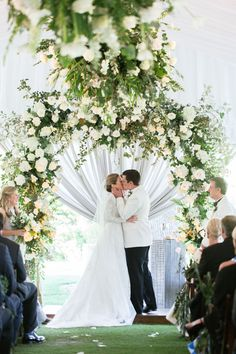 This gorgeous southern wedding in the mountains of North Carolina is the definition of beauty & grace. From the luxe tented ceremony to the lush floral arch Tuscany Wedding Venue, Luxury Wedding Venues, Outdoor Wedding Venues, Wedding Ceremony, Wedding Trends, Wedding Ideas, Wedding Decor, Destination Wedding, Wedding Inspiration
