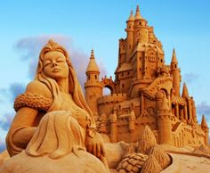 40 amazing sand sculptures! click through to see the rest.