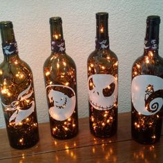 Nightmare Before Christmas Wine Bottle Lights (Orange Lights) Halloween Lights, Halloween Party, nightmare before christmas wedding skellington Christmas Wine Bottles, Lighted Wine Bottles, Bottle Lights, Halloween Wine Bottles, Bottle Lamps, Fete Halloween, Diy Halloween Decorations, Halloween Crafts, Halloween Christmas