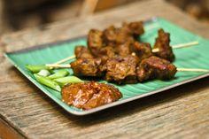 Malaysische Satay-Spieße(auch Satee) aus Seitan mit Erdnuss-Soße