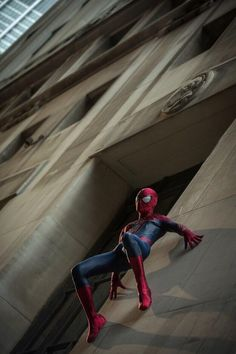 With one pic candidly teasing the Sinister Six, a new batch of production photos for The Amazing Spider-Man 2 have surfaced online also featuring Stan Lee, Dane DeHaan & Paul Giamatti. Spiderman Pictures, Spiderman Art, Best Marvel Characters, Marvel Movies, Marvel Dc Comics, Marvel Avengers, Spider Man Trilogy, The Sinister Six, The Amazing Spiderman 2
