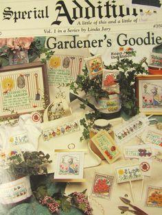 1996 JEANETTE CREWS DESIGNS GARDENER'S GOODIES CROSS STITCH CHART - #350