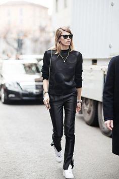 #VeronikaHeilbrunner getting back to black in Paris.
