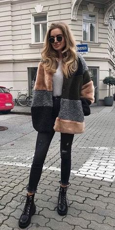 Trendy Winter Outfits: How To Stay Warm And Still Look Cute And Stylish - Moda Femminile Look Fashion, Trendy Fashion, Fashion Trends, Womens Fashion, Fall Fashion, Fashion Ideas, Winter Fashion Outfits, Fashion 2020, Ladies Fashion