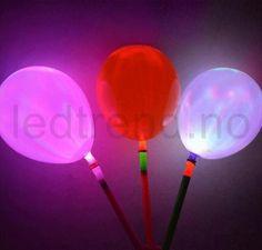Ballonger med LED-lys   Er det her det er LED-party?    Du finner de hos ledtrend.no Cake, Candy Table, Navy Blue, Lily, Kuchen, Torte, Cookies, Cheeseburger Paradise Pie, Tart