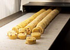 Fortini are the Versilia's symbol craft #cookies. I #Fortini sono i #biscotti artigianali simbolo della Versilia. #Lucca #dolci toscani #madeintuscany http://www.madeintuscany.it/site/dt_portfolio/biscotti-i-fortini/