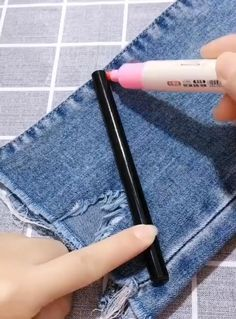 Diy Sewing Projects, Sewing Hacks, Sewing Tutorials, Sewing Crafts, Sewing Patterns, Sewing Tips, Beginners Sewing, Sewing Essentials, Room Essentials