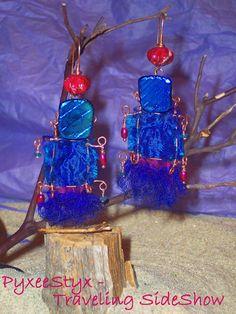 Let Summer Sweep those Sari Blues Away earrings  sari by PyxeeStyx