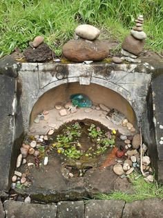 natural alcove for an altar Pagan Altar, Wiccan, Witchcraft, Personal Altar, Home Altar, Religion, Pagan Witch, Yard Art, Backyard
