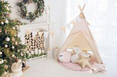 Tipi tent Pink wit mat, garland and pillows by cozydots on Etsy Kids Tents, Teepee Kids, Tulle Canopy, Indian Teepee, Childrens Teepee, Teepee Play Tent, Scandinavian Nursery, Open Window, Play Houses