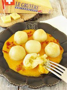 Gnocchi di Patate con Cuore Filante al Gruyère DOP, con Crema di Zucca e Speck Croccante