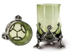 La fee Verte Absinthe Shot Glass || tragicbeautiful.com || The green colour of this shot glass suits the Christmas theme and still looks elegant! <3  #TRAGICBEAUTIFUL