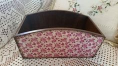 Handmade breadbasket with decoupage