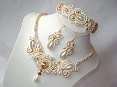 White and gold soutache jewelry set от Beabead на Etsy, Ft55000,00