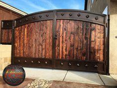 House Main Gates Design, Fence Gate Design, Front Gate Design, Door Design, Wooden Gate Designs, Wrought Iron Gate Designs, Wrought Iron Driveway Gates, Metal Gates, Wrought Iron Security Doors