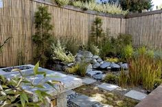 Japanese style fence brilliant ideas for an attractive bamboo garden fence style garden privacy bamboo fence japanese style fence panels uk Pond Design, Fence Design, Landscape Design, Garden Design, Patio Design, Wall Design, Backyard Designs, Exterior Design, Privacy Landscaping