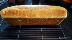 Hot Dog Buns, Hot Dogs, Vegan Recipes, Vegan Food, Food And Drink, Bread, Cooking, Art, Kitchen