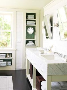 We have over 20 towel display ideas here: http://www.bhg.com/bathroom/storage/storage-solutions/bathroom-towel-display-ideas/?socsrc=bhgpin061814shelfdrawers&page=5