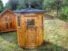 Vertikal Sauna aus Holz mit Elektroofen oder Holzofen (1)