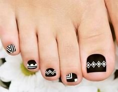 52 Incredible Toe Nail Designs that are Downright Magnetic Aztekische Nageldesigns Aztec Nail Designs, Cat Nail Designs, Toenail Art Designs, Simple Nail Art Designs, Best Nail Art Designs, Simple Toe Nails, Cute Toe Nails, Summer Toe Nails, Toe Nail Designs