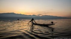 Real fishermen of Inle Lake, Myanmar (Burma) Countries Of Asia, Inle Lake, Laos, Vietnam, Cool Photos, Places To Go, Thailand, Travel Photography, Sunset