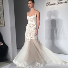 Modern lines. Gown by Pnina Tornai