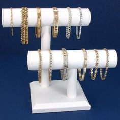 Cannot wait until this arrives! Ordered it for all my bangles -- storage made easy :)