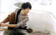 ただただかっこいい!【嵐】相葉雅紀のモードなファッションポートレート集 - NAVER まとめ
